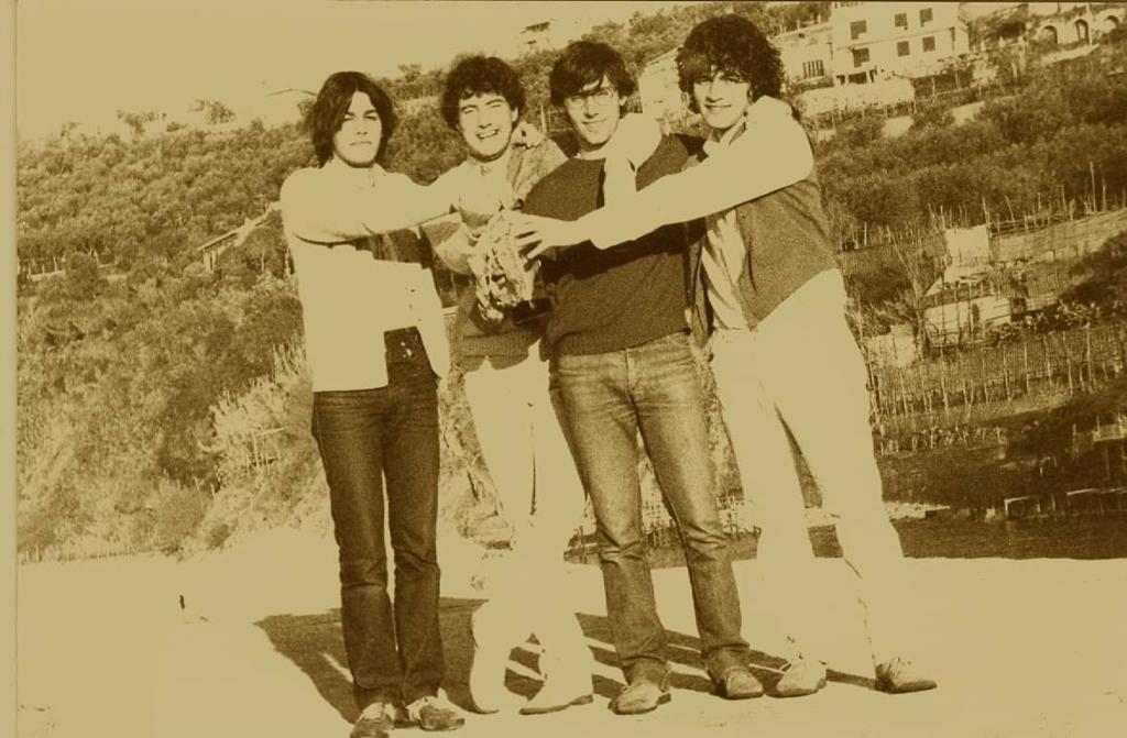 foto di gruppo: da sx. Marco De Angelis, Sergio Sichenze, Giancarlo e Gaetano Calì